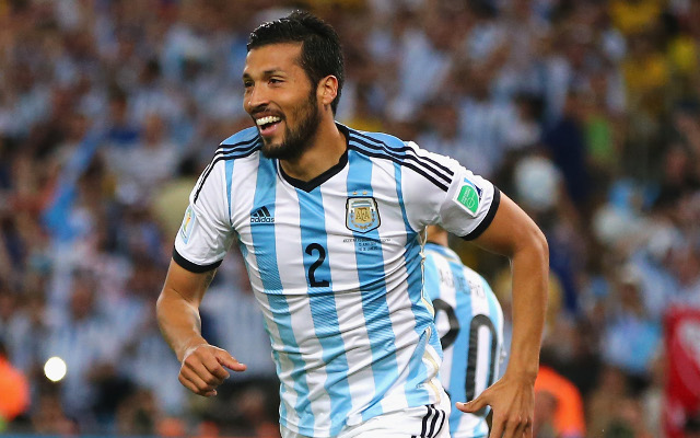 Jose Mourinho tells Chelsea board he wants Ezequiel Garay signed before deadline