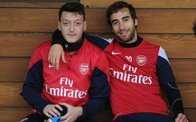(Video) Arsenal stars mock Ozil and Flamini's bromance