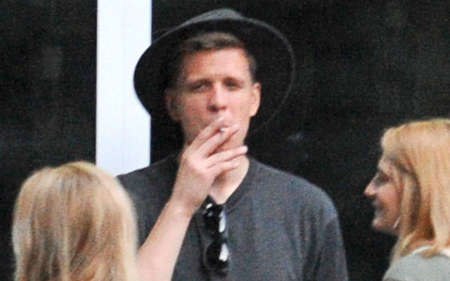 Arsenal keeper Wojciech Szczesny caught smoking again