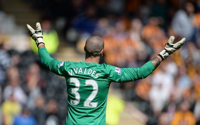 Man United gossip: Valdes in tug-of-war as Valencia star is targeted