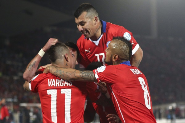 Copa America Final: Hosts Chile take on the favourites Argentina in Santiago showdown