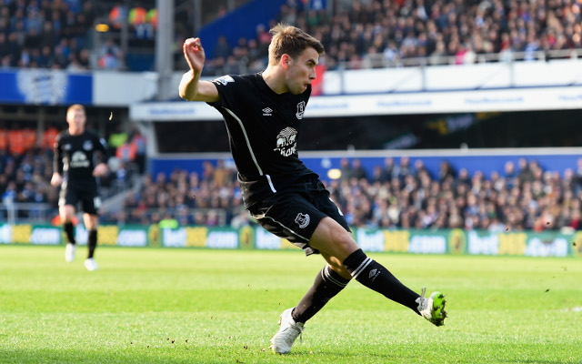 Manchester United to use Jonny Evans to tempt Everton to sell key man