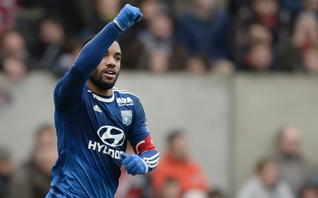 Arsenal set to trigger release clause of top striker, interested in Liverpool target