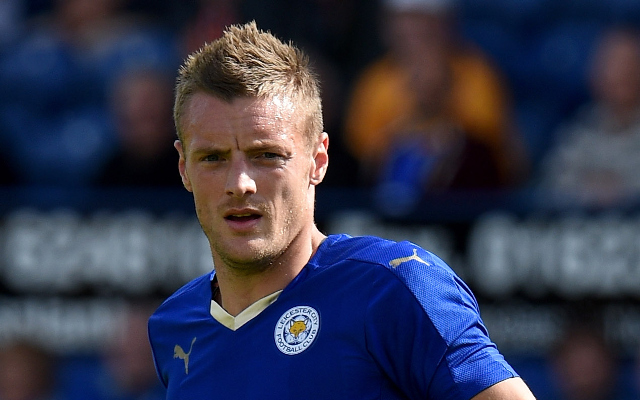 Five strikers who surprisingly still have a higher rating than Jamie Vardy on FIFA 16