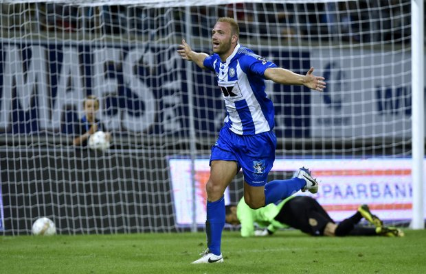 Tottenham monitor Gent striker Laurent Depoitre