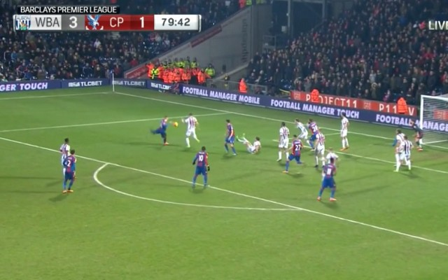 World class acts in the Premier League: Wickham's goal, Mannone's save and Antonio's celebration [Video's]