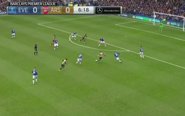 Arsenal score beautiful team goal against Everton [Video]