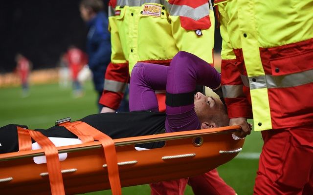 Injured Jack Butland sends class message to injured Rob Elliot