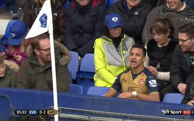 Arsenal star takes a seat in the stands during game [Video]