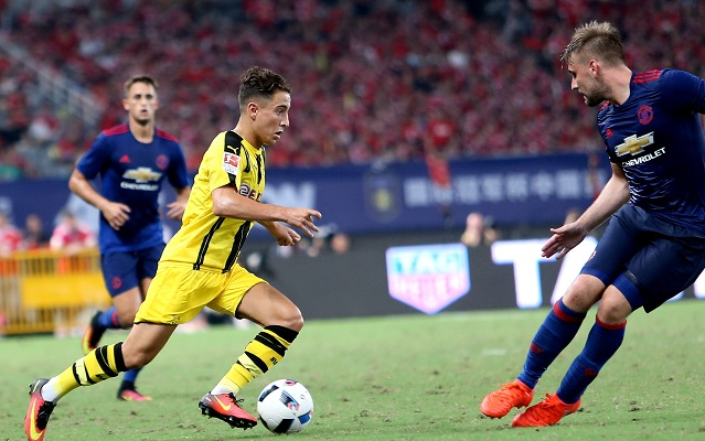Borussia Dortmund dominate Manchester United, Twitter laughs but is in awe of wonder goal