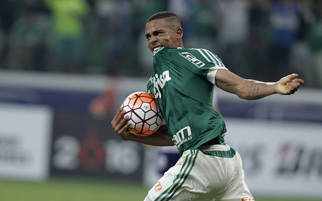 Manchester City move for Brazilian starlet to be hijacked by Manchester United
