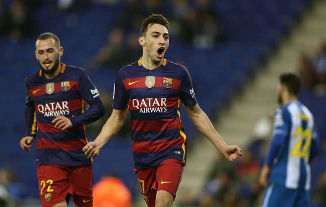 Three Premier League clubs interested in Barcelona star