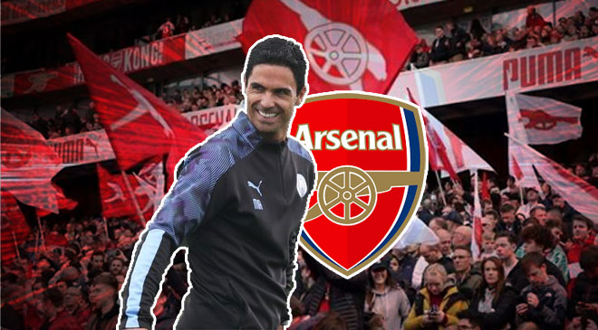 Mikel Arteta With Arsenal Logo
